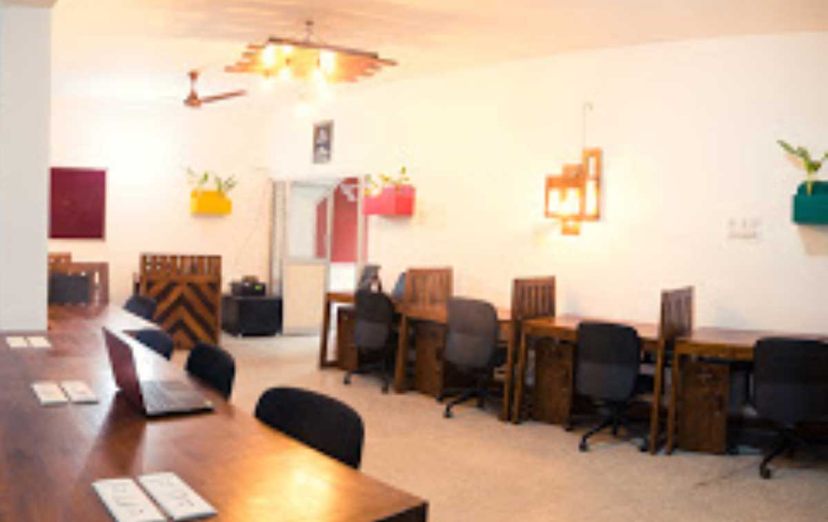 Share Studio Sadhashivanagar
