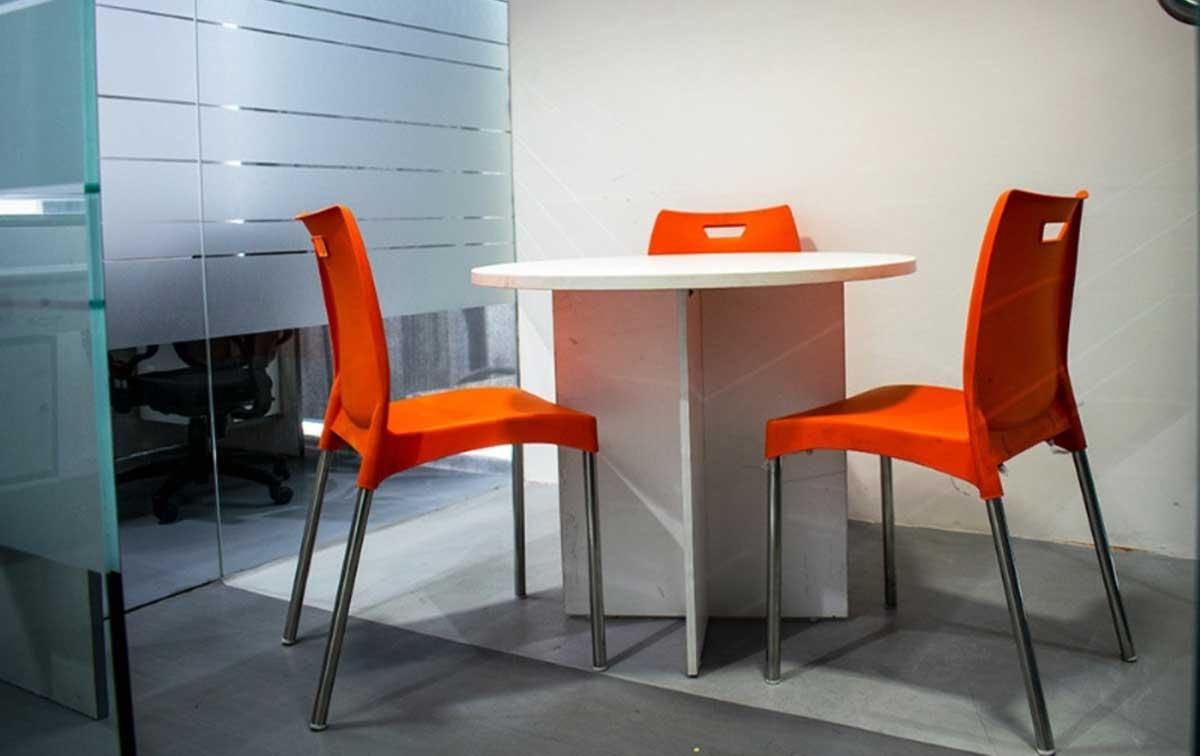 Informal Meeting Rooms