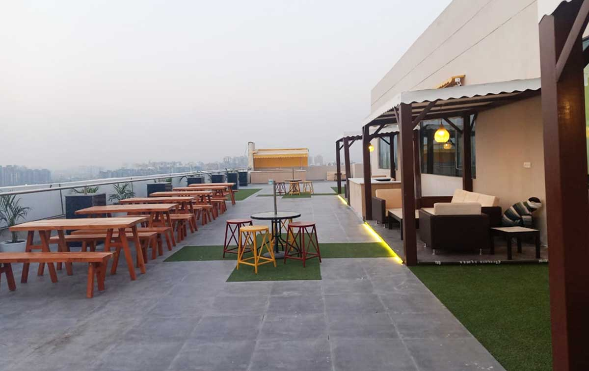 Rooftop Cafeteria