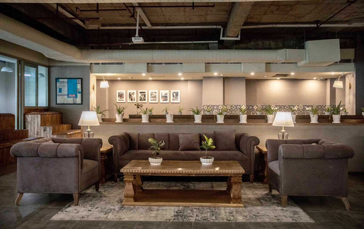 Spring House Coworking Grand Mall